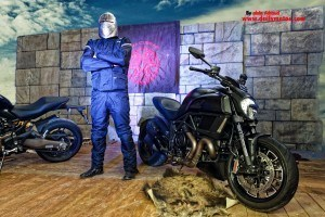 Ducati Monster vs Ducati Diavel
