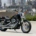 La nueva Harley-Davidson FXDC Dyna Super Glide Custom ya está en los Concesionarios Oficiales