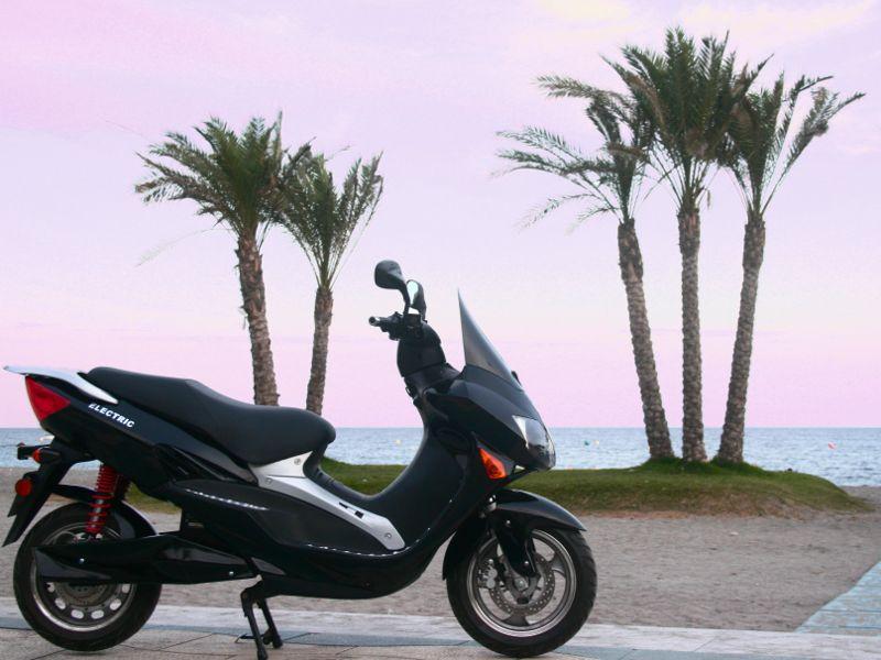 kyoto electric vehicles una empresa espaola con sede en granada acaba de poner a la venta su modelo kyoto edison una motocicleta elctrica con motor de