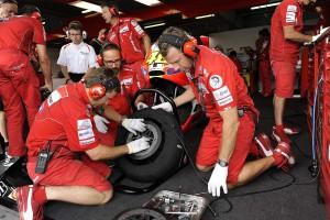 © Bridgestone Motorsport.