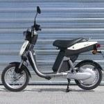 A prueba el EC-03, el scooter eléctrico de Yamaha