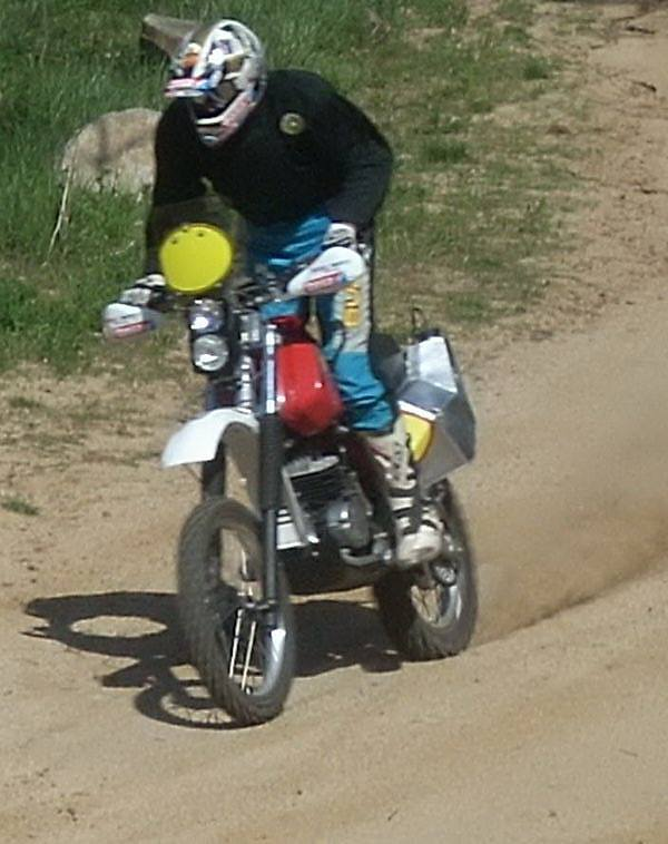 © Bultaco Dakar.