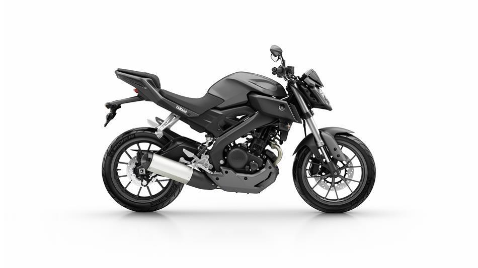 2015-Yamaha-MT125-EU-Matt-Grey-Studio-002