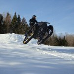 Snow Concept. Mezcla entre moto de nieve y quad, pero con orugas