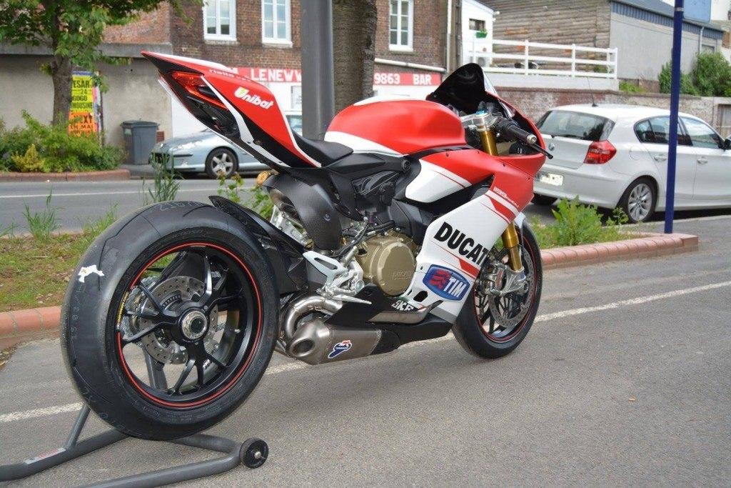 Ducati 1199 panigale s dovizioso replica (10)