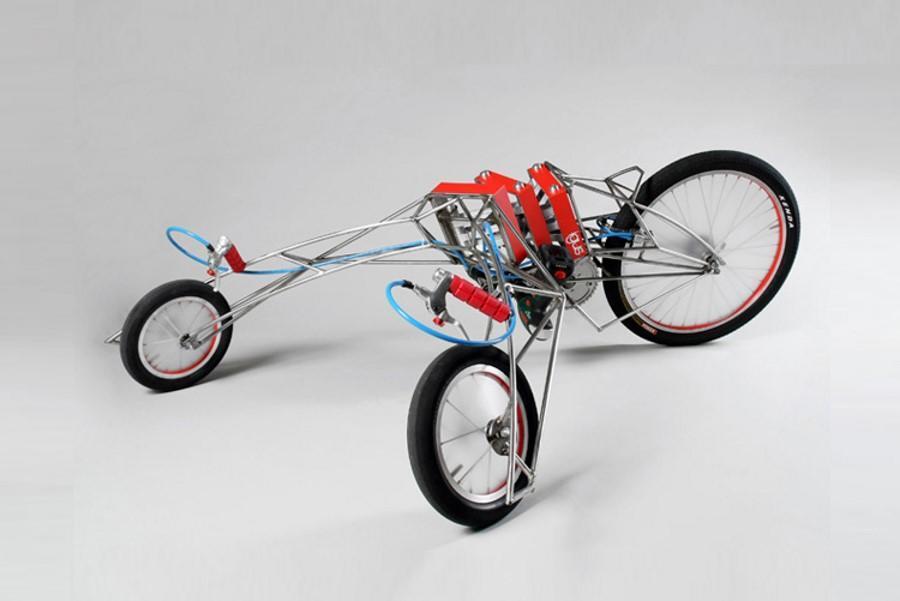 Triciclo con motor por taladros eléctricos