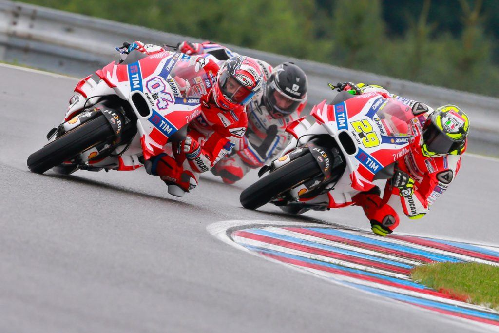 04-andrea-dovizioso-ita-29-andrea-iannone-ita-45-scott-redding-eng_gp_1582.gallery_full_top_fullscreen