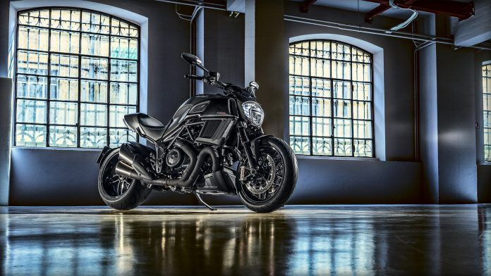 Ducati Diavel Carbon 2017
