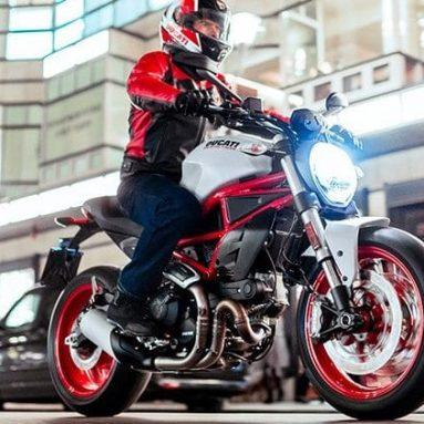 Nueva naked Ducati Monster 797 2017, para lucir motor