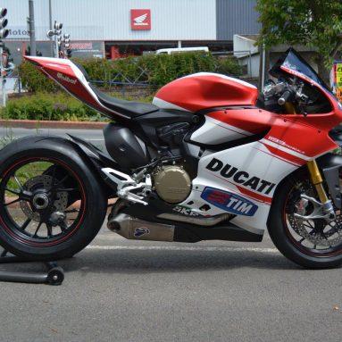 Ducati 1199 Panigale S ABS 2014 con los colores de Dovizioso