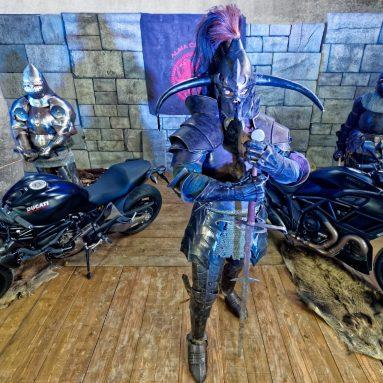Angel o Diavel (Teaser Ducati Monster vs Ducati Diavel)
