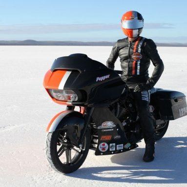Harley-Davidson Road Glide 2015 a 265 kms por hora