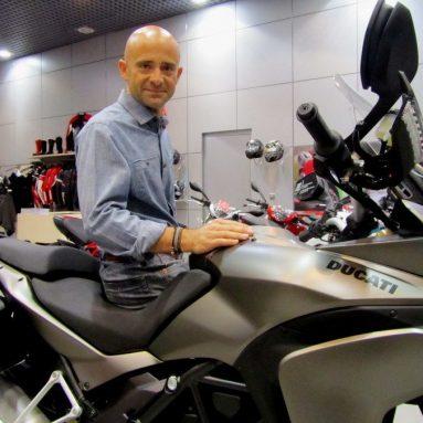 Antonio Lobato estrena Ducati Multistrada 1200S Touring