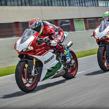 Ducati 1299 PANIGALE R FINAL EDITION 2017: tributo al motor bicilíndrico