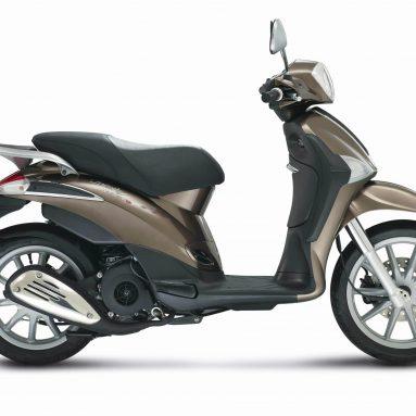 Piaggio Liberty 3V, renovación y bajo consumo
