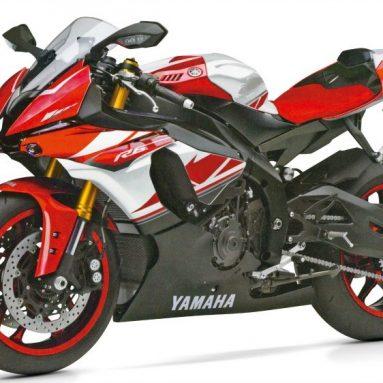 Yamaha R6 2017 con un vídeo