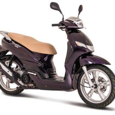 El nuevo scooter Peugeot Tweet EVO 125 llega con 'restyling'