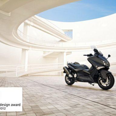 La Yamaha T-Max 2012 galardonada con el Red Dot 2012