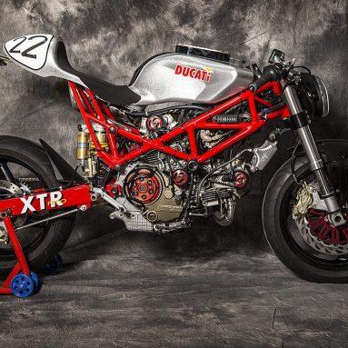 XTR Pepo Extrema: Ducati Monster 1000 salvaje y extrema