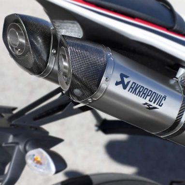 Tie-Up, el nuevo sistema de escape Yamaha-Akrapovic