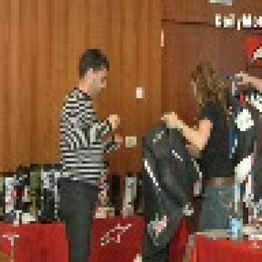 Showroom Alpinestars. Chaquetas MotoGP y Guantes primavera – Verano '09