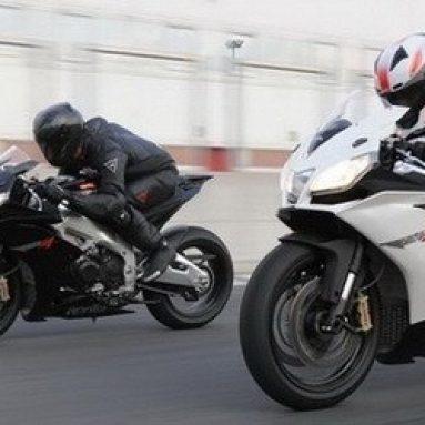 La Aprilia RSV4 elegida moto del año por Motociclismo Italia