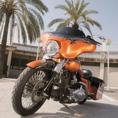 Harley-Davidson Street Glide by Under-Ground Motorcycles.