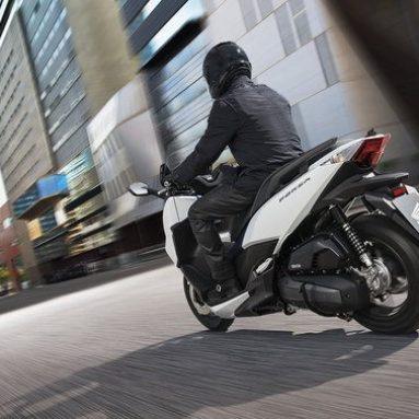 La nueva Honda Forza 125 2017: rediseñada y adaptada a la normativa Euro 4