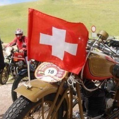 Un centenar de motos anteriores a 1979 participan en el rally FIVA