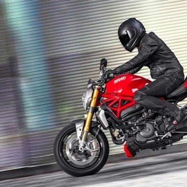 La Ducati Monster 1200 se presenta en sociedad en el Open Day