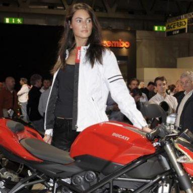 La Ducati Streetfighter elegida la moto más bella del EICMA de Milán
