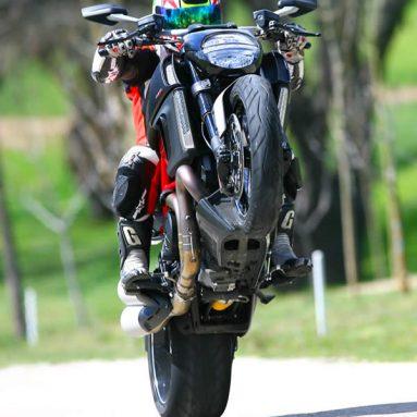 Ducati Diavel, una supersport vestida de cruiser