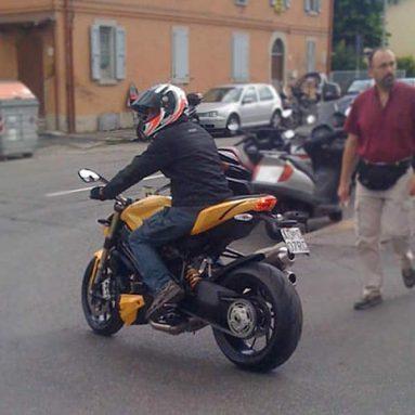 ¿Ducati Streetfighter 848? Sí… existe y la han ¡¡pillado!!