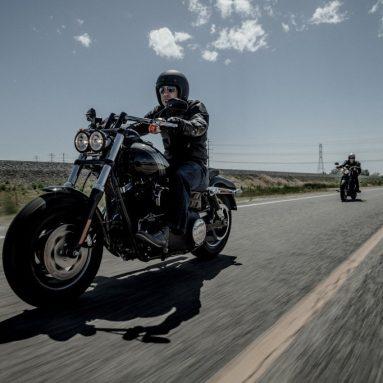 Harley-Davidson Fat Bob 2014: contundencia oscura