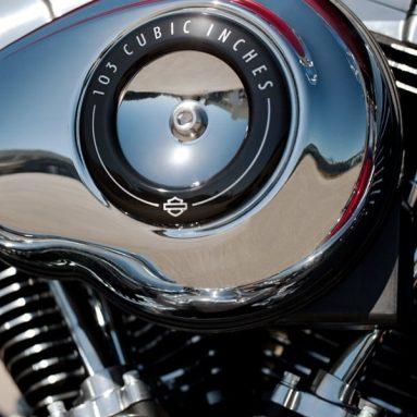 Harley-Davidson extiende el Twin Cam 103 en la gama 2012