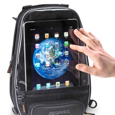Llévate el iPad en la nueva bolsa sobredepósito TK747 de Kappa