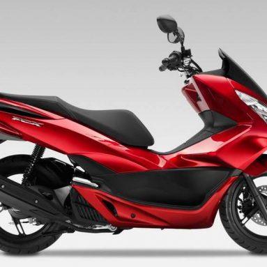 El scooter Honda PCX125 2014 renueva carrocería, depósito y consumo