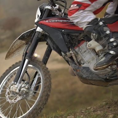 Husqvarna lanza el primer ABS deportivo para motos off-road