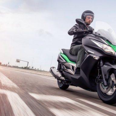 El scooter Kawasaki J300 ya está en los concesionarios