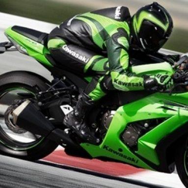 La Kawasaki Ninja ZX-10R estrena motor, chasis y suspensiones en Intermot