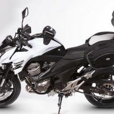 Equipa tu Kawasaki Z800 a tope con SHAD