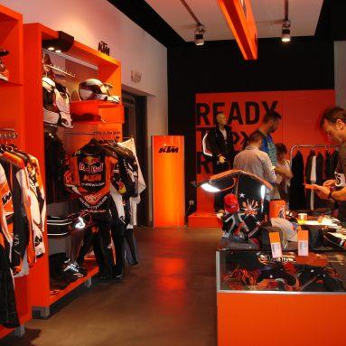 KTM Powerwear 2014 llegará en septiembre a las tiendas