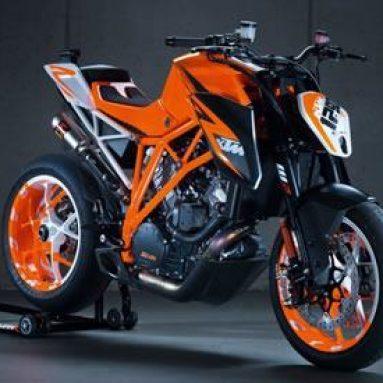 KTM Duke ¡Para todos! 125, 200, 390, 690, 990cc y hasta un espectacular prototipo de 1.300cc