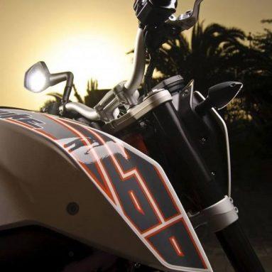 Espectacular galería de imágenes de la KTM 690 Duke 2012