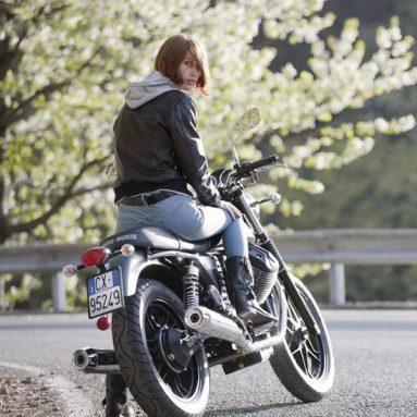 El arte de Scott Pommier en las fotografías de la nueva Moto Guzzi V7