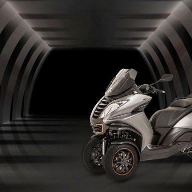 Metropolis, el tres ruedas de Peugeot estrella del estand de la marca en el EICMA