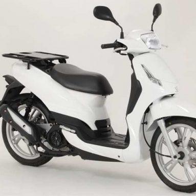 Correos repartirá con scooters Peugeot Tweet CPRO 125 cc