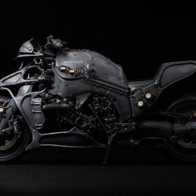 Juggernaut de Hot Dock Custom Cycles, una BMW K1600 GTL de ciencia ficción