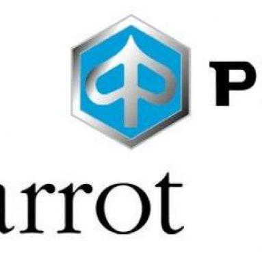 Piaggio se alía con Parrot para el lanzamiento del nuevo manos libres para moto SK4000