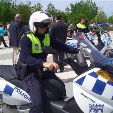 La Policía Local de Alcobendas se «enchufa» al Vectrix